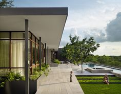 Lake View Residence | Custom Home Magazine | Alterstudio, Austin, Texas, Single Family, Builder's Choice/ Custom Home Design Awards 2015, Design, Award Winners