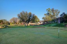 Mansions World acclaimed equestrian ranch with own private golf course
