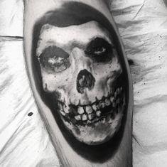Punk Tattoo, I Tattoo, Misfits Tattoo, Butcher Babies, Skull Sleeve Tattoos, Arte Punk, Traditional Tattoo, Punk Rock, Blackwork