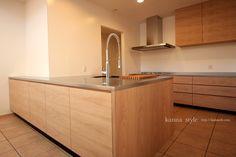 キッチン | 神戸のオーダー家具【kanna】テレビボード・テーブル・キッチン等をあなた好みに提案する家具屋 Wall, Drawers, Interior, New Homes, House, Kitchen, Kitchen Island, Home Decor, Sink