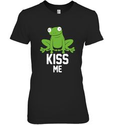 Kiss Me Green Frog funny tshirt Green Frog, Frog T Shirts, Kiss Me, Funny Tshirts, Tees, Sleeves, Mens Tops, Women, Style