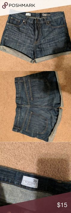 GAP jean shorts size 30 These cuffed dark jeans shorts are the perfect every day short! Excellent condition. GAP Shorts Jean Shorts