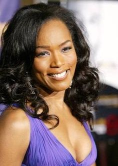 Angela Bassett, actress extraordinaire, may attribute her timeless beauty to the fact that she is a vegetarian who enjoys vegan and raw options. My Black Is Beautiful, Beautiful People, Beautiful Women, Black Actresses, Female Actresses, Angela Bassett, Black Celebrities, Celebs, The Jacksons