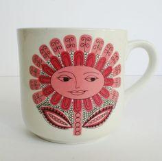 "Vintage Child's Mug Arabia of Finland Pink ""Daisy"" Design by Esteri Tomula Form by Kaarina Aho"