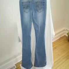 No Boundaries Jeans Size 11 Flare Leg No Boundaries Jeans Flare & Wide Leg