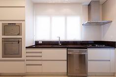 Tons aconchegantes. Veja: http://www.casadevalentina.com.br/projetos/detalhes/em-tons-aconchegantes-651 #decor #decoracao #interior #design #casa #home #house #idea #ideia #detalhes #details #style #estilo #casadevalentina #kitchen #cozinha