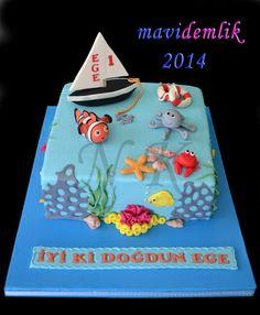 mavi demlik mutfağı- izmir butik pasta kurabiye cupcake tasarım- şeker hamurlu-kur: EGE'NİN  DENİZ TEMALI 1 YAŞ PASTASI VE KURABİYELER... Haunted House Cake, Food And Drink, Birthday Cake, Concept, Cupcake, Children, Desserts, Baby, Foods