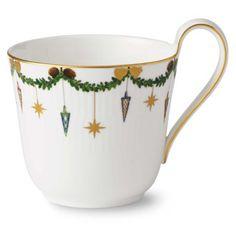 Juldekorerad kopp med högt handtag från Royal Copenhagen.