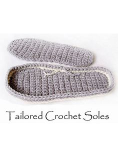 Tailored Crochet Tray Sole, Use a triple strand of sport-weight yarn or any other heavy craft-weight yarn or twine. Includes detailed, step-by-step instructions w/ pictures & cutout templates for sizes- S: (M: L: XL: Stitch a tailored crochet tray sole fo Crochet Sole, Crochet Slipper Pattern, Crochet Boots, Crochet Clothes, Free Crochet, Knit Crochet, Crochet Basics, Crochet Stitches, Knitting Patterns