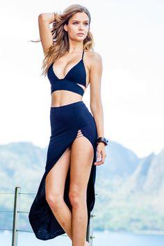 The Sauvage Black Mon Cheri Resort Outfit is a must have resort wear set for the woman with a jet set mentality. Josephine Skriver, Sauvage Swimwear, Bikini Luxe, Black Bikini, Bikini Top, Actrices Hollywood, Bikini Bodies, Elsa Hosk, Girl Photos