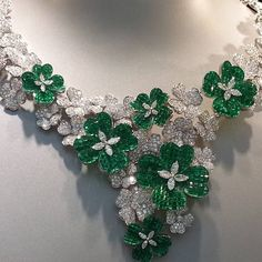 Van Cleef & Arpels emerald and diamond flower necklace More