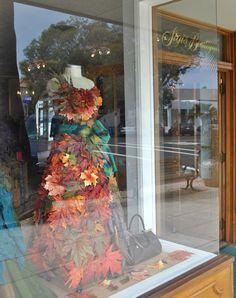 We love this beautiful #fall window display from DELPHINE EPHEMERA.  #windowdisplay