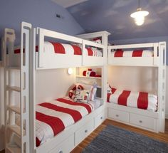 corner bunk bed four bunk beds popular of corner bed plans and top best corner bunk beds ideas on corner bunk bed designs Four Bunk Beds, Corner Bunk Beds, Bed In Corner, Bunk Bed Rooms, Bunk Beds Built In, Bunk Beds With Storage, Bunk Bed Plans, Modern Bunk Beds, Bunk Beds With Stairs