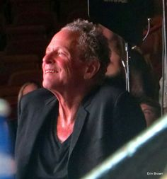 Lindsey Buckingham during Mick's drum solo 2015 tour