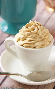 Delectable Espresso Mousse that contains only 3 ingredients. This is an easy, must make recipe. Coffee Mousse, Banana Coffee, Espresso Shot, Best Espresso, Espresso Martini, Espresso Powder, Espresso Drinks, Espresso Cups, Espresso Coffee