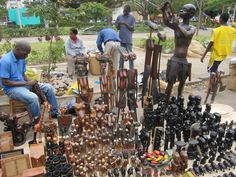 Saturday craft market Maputo, Mozambique | Space: Art crafts market - Maputo - Mozambique