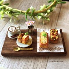 Miniature cake ♡ ♡ By an chouchou Miniature Crafts, Miniature Food, Minis, Mini Cafe, Small Bakery, Food Sculpture, Tiny Food, Polymer Clay Miniatures, Bakery Cafe