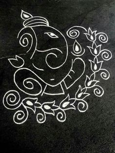Rangoli designs & patterns don't always have to be intricate & difficult. Here are the top simple & small rangoli designs for Diwali at home for beginners. Simple Rangoli Designs Images, Rangoli Designs Latest, Rangoli Designs Flower, Rangoli Border Designs, Rangoli Patterns, Rangoli Ideas, Rangoli Designs Diwali, Rangoli Designs With Dots, Beautiful Rangoli Designs