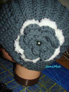 Eliotka, šedá na přání Crochet Hats, Slippers, Fashion, Hobbies, Knitting Hats, Moda, Fashion Styles, Slipper, Fashion Illustrations