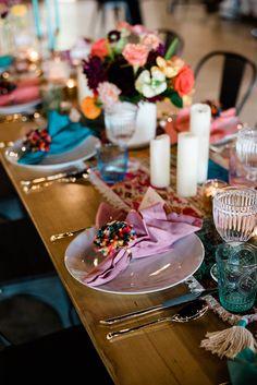 COLORFUL BOHO WEDDING INSPIRATION   Bespoke-Bride: Wedding Blog Wedding Altars, Boho Wedding, Wedding Blog, Asian Inspired Wedding, Painted Wedding Cake, Velvet Ring Box, Timeless Wedding, Bridal Boutique, Garden Styles