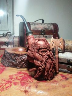 Post with 79 votes and 970 views. Shared by Available with box and the symbol's of LOTR write on the pipe . Gimli son of Gloin smokingpipe . Weed Pipes, Pipes And Bongs, Wooden Smoking Pipes, Pipe Smoking, Tobacco Pipes, Wiccan Decor, Cool Pipes, Whittling Wood, Wooden Pipe