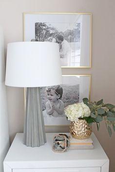 An elegant, quiet master bedroom in white and gold - Hauptschlafzimmer Dekor - Bedding Master Bedroom Home Decor Bedroom, Diy Home Decor, Bedroom Furniture, Bedroom Decor Elegant, Bedroom Night, Modern Bedroom, Serene Bedroom, Elegant Home Decor, Trendy Bedroom