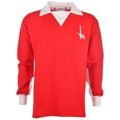 Be the envy of fellow Addicks fans by sporting one of TOFFS' retro Charlton Athletic football shirts and matchday wear. With retro shirts spanning from the up until the mid Retro Shirts, Vintage Shirts, Charlton Athletic, Classic Football Shirts, Stylish Shirts, Burnley, Fa Cup, Soccer, Long Sleeve