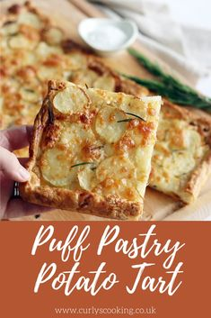 Crisp puff pastry tart with new potatoes, herbs and cheese. This Puff Pastry Potato Tart is easy and quick to make and so delicious. Puff Pastry Recipes Savory, Savory Tart, Savoury Puff Pastry Recipes, Puff Pastry Vegetable Tart, Puff Pastry Tarts, Savoury Pies, Gourmet Appetizers, Appetizer Recipes, Delicious Appetizers
