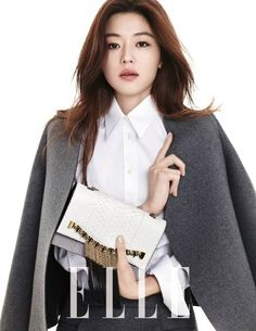 Jun Ji Hyun is simply chic for 'Elle' | http://www.allkpop.com/article/2014/01/jun-ji-hyun-is-simply-chic-for-elle
