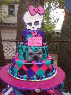 girls monster high birthday cake | Monster High / Birthday / Party Photo: monster high cake