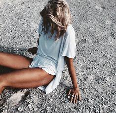 oversized tee & killer tan #style #fashion #beauty