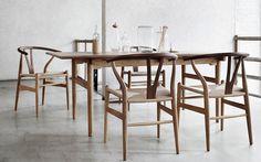 Eleganter Esstisch von Carl Hansen