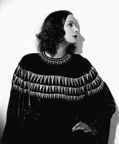 Greta Garbo | Anjas' Theme Of The Week: Art Deco week 6: Greta Garbo and Silent ...