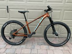 2020 Kona Big Honzo DL 27.5 Mountain Bike. Frame/fork lightly ridden…could pass for new (couple light scratches…as seen in pictures. 1 small scratch on bottom of down tube, and 1 on fork sticker) Everything else is new on bike.. wheels/tires/brakes/bars/grips/stem/cranks/chain/dropper post…all new. Upgraded SRAM GX crank, and gold KMC chain. WTB ST i30 rims(perfect for […]