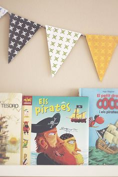 How to make a flag garland for a kids' room - Petit & Small