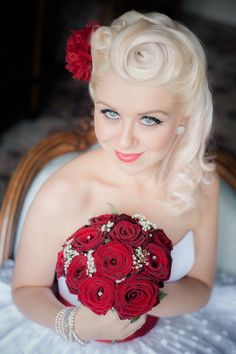Wedding hAir - 1950s, Rockabilly and Polkadot Wedding: Carrie & Neil · Rock n Roll Bride