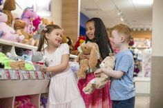 A new Build-A-Bear Workshop has opened at SeaWorld Orlando near the flamingo exhibit, and is offering park-exclusive items! Seaworld Orlando, Orlando Florida, Annual Pass, Exclusive Clothing, Build A Bear, Sea World, New Builds, Workshop, Flower Girl Dresses