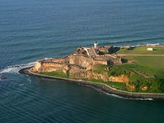 FortElMorro SanJuan PuertoRico - Military history of Puerto Rico - Wikipedia, the free encyclopedia