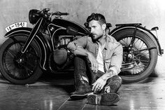 Pink Motorcycle, Motorcycle Style, Biker Style, Motorcycle Photography, Photography Poses For Men, Lifestyle Photography, Looks Rockabilly, Weston Boucher, Triumph Bobber