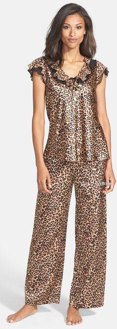 Pigiama Oscar de la Renta per animali - Pyjama Sexy, Pyjama Satin, Sexy Pajamas, Satin Pajamas, Pyjamas, Cotton Sleepwear, Lingerie Sleepwear, Nightwear, Night Suit