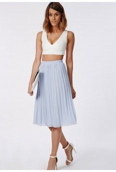 Discover the latest midi skirts with Missguided. Shop for the latest styles in mid-length skirts, a-line skirts & pencil skirts - buy online today. Pleated Midi Skirt, Chiffon Skirt, Dress Skirt, Midi Skirts, Cheap Skirts, Skirts For Sale, Blue Skirt Outfits, Blue Skirts, Silk Chiffon Fabric