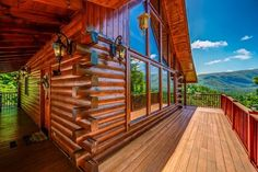Rental cabin with a beautiful view over the mountains