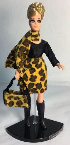Vintage Topper Dawn Doll Fancy Feet H11C in Dawn Checkerboard Fashion | eBay