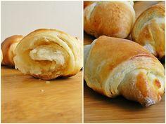 cornuri-cu-branza Deserts, Bread, Food, Brot, Essen, Postres, Baking, Meals, Breads