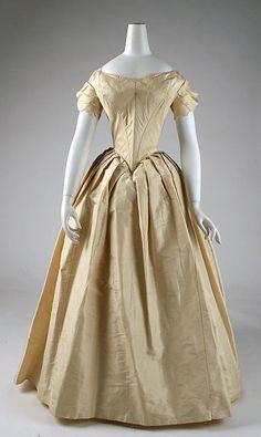 1850 ... Wedding dress ... American ... silk ... at The Metropolitan Museum of Art ... photo 1
