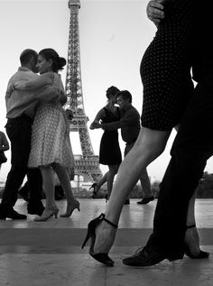 ballroom dance lessons in Paris. Learn to Tango with my husband.