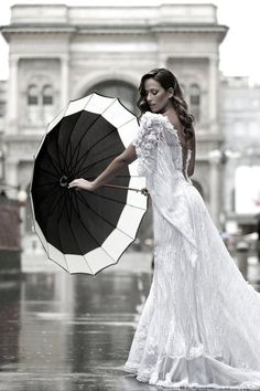 Spanish Wedding Dress.... just love this picture taken in Paris... makes me want to go back xx