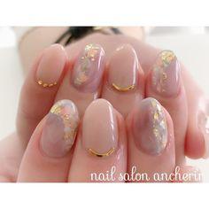 Opalescent nails with gold details Diy Nails Manicure, Bling Nails, Kawaii Nails, Round Nails, Fire Nails, Japanese Nails, Neutral Nails, Dream Nails, Bridal Nails