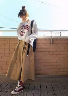 Autumn fashion trendy ideas ulzzang Korean - Fashion Trends for Girls and Teens Korea Fashion, Muslim Fashion, Modest Fashion, Hijab Fashion Summer, Long Skirt Fashion, Long Skirt Outfits, India Fashion, Fashion 2018, Mode Outfits