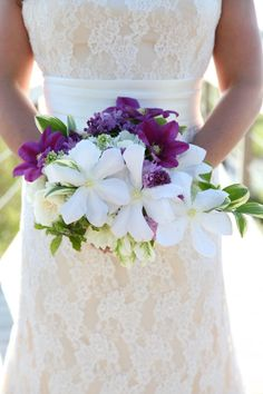Copyright: Jennifer Bearden Photography Jennifer Bearden Photography www.jenniferbearden.com #weddings #charleston #chs #photography #bride #bouquet #white #purple #violet